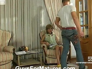 Sexy mother i'd like to fuck getting the smack of forbidden temptation to fuck with younger guy